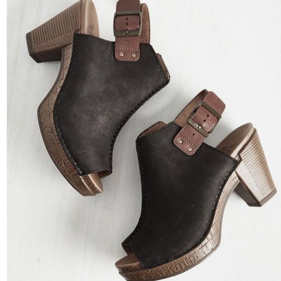 Dansko Shoes | Dansko Reggie Peeptoe